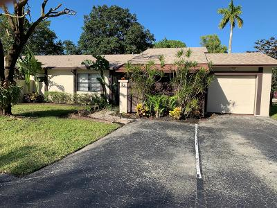 Royal Palm Beach Single Family Home For Sale: 23 Horicon Court S