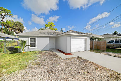 Jupiter Single Family Home For Sale: 6783 W 3rd Street
