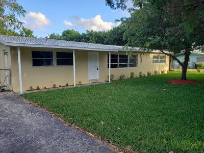 West Palm Beach Single Family Home For Sale: 9200 Sun Court
