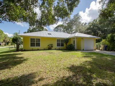 Vero Beach Single Family Home For Sale: 1204 39th Avenue SW