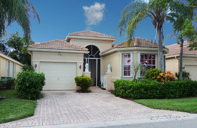 Delray Beach Single Family Home For Sale: 7136 Cataluna Circle