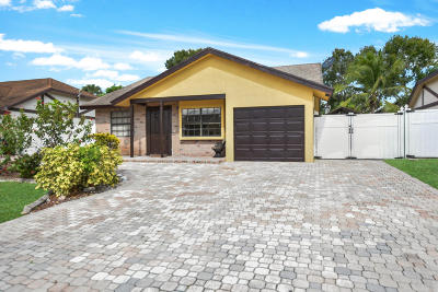 Boca Raton Single Family Home For Sale: 10658 Boca Entrada Boulevard #126