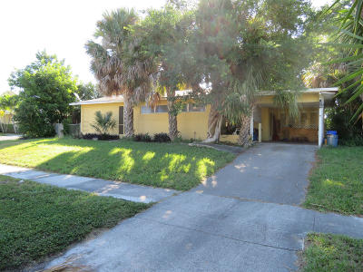 North Palm Beach Single Family Home For Sale: 512 Driftwood Road