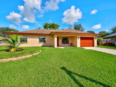 West Palm Beach Single Family Home For Sale: 5925 Flatrock Road