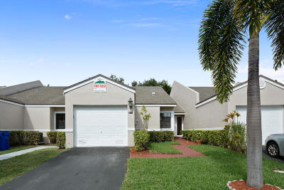 Pompano Beach Single Family Home For Sale: 5161 NW 11th Lane
