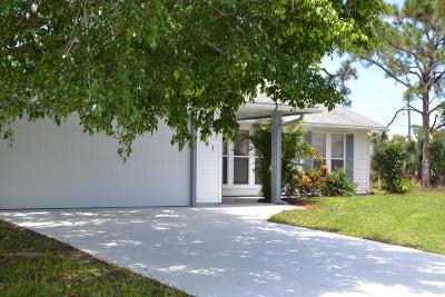 Port Saint Lucie Single Family Home For Sale: 541 SW Violet Avenue