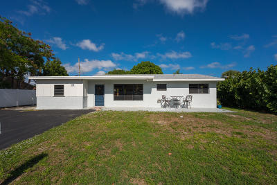 North Palm Beach Single Family Home For Sale: 1901 Kathy Lane