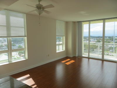 Boynton Beach Condo For Sale: 450 Federal Highway #804