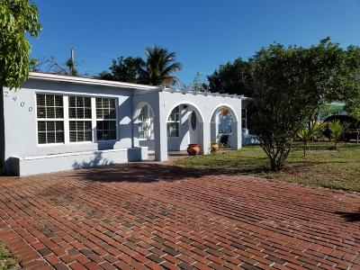 Pompano Beach Single Family Home For Sale: 2900 NE 11th Terrace
