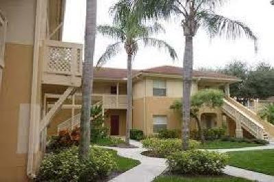 West Palm Beach Condo For Sale: 4759 Via Palm Lakes E #301