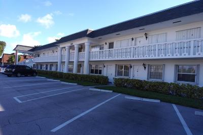 Palm Beach Gardens FL Condo For Sale: $82,500