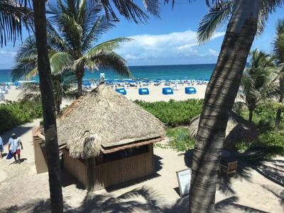 Singer Island Condo For Sale: 3800 Ocean Drive #702
