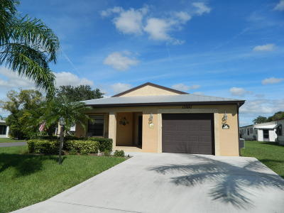Port Saint Lucie Single Family Home For Sale: 16 Alhambra South S