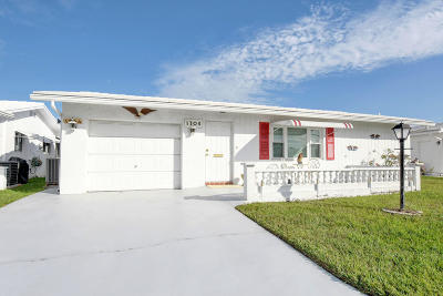 Boynton Beach Single Family Home For Sale: 1704 SW 18th Drive