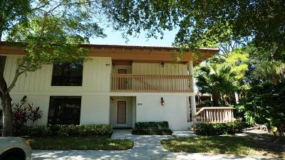 Palm Beach Gardens Condo For Sale: 537 Brackenwood Place