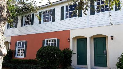 Townhouse For Sale: 193 SW 6th Place