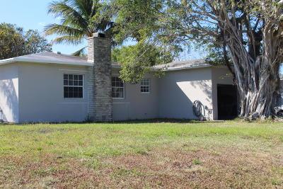 Boynton Beach Single Family Home For Sale: 3651 SE 2nd Street