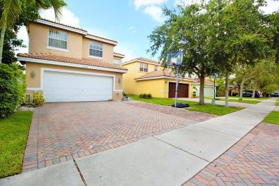 Coconut Creek Single Family Home For Sale: 3934 Crescent Creek Drive