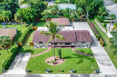 Palm Beach Gardens Multi Family Home For Sale: 9481 Silverthorne Drive