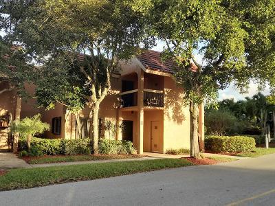 Boynton Beach Condo For Sale: 11282 Green Lake Drive #204