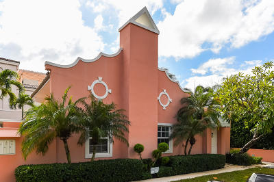 Palm Beach Condo For Sale: 142 Peruvian Avenue #104