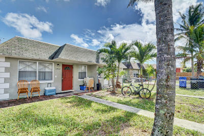 Fort Lauderdale Multi Family Home Contingent: 1410 NW 8th Avenue