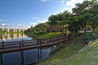 Delray Beach Condo For Sale: 1760 SW Palm Cove Boulevard #5-204