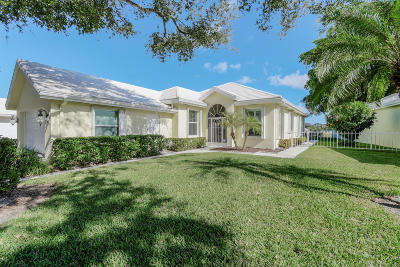 West Palm Beach Single Family Home For Sale: 1030 Bear Island Drive
