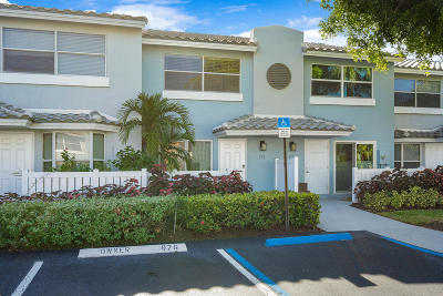 Boca Raton Townhouse For Sale: 976 E Jeffery Street