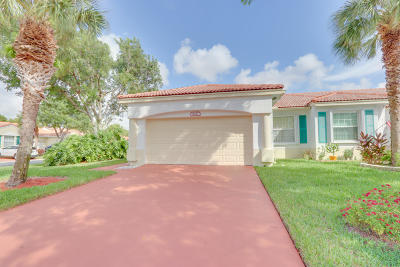 Delray Beach Single Family Home For Sale: 6277 Heliconia Road
