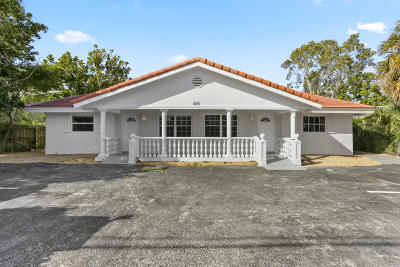 Boynton Beach Multi Family Home For Sale: 809 SE 4th Street