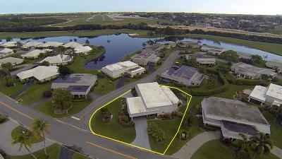 Atlantis Single Family Home For Sale: 388 Villa Drive S