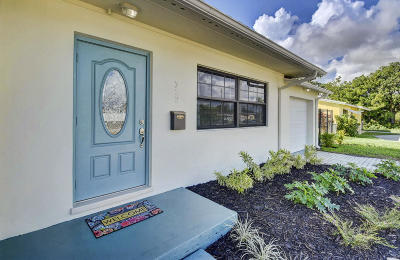 Lake Park Single Family Home For Sale: 722 Greenbriar Drive