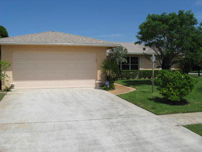 West Palm Beach Single Family Home For Sale: 1072 Jason Way