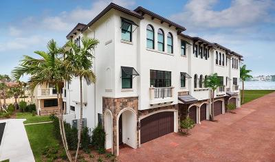 Boynton Beach Townhouse For Sale: 626 Windward Circle #65