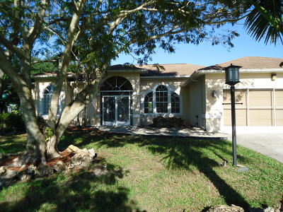 Port Saint Lucie Single Family Home For Sale: 3702 SW Lachine Street
