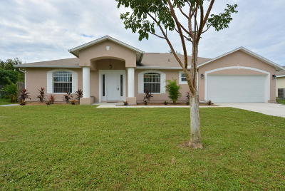 Port Saint Lucie Single Family Home For Sale: 1154 SW Dorchester Street