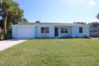 Port Saint Lucie Single Family Home For Sale: 1886 SE Dranson Circle