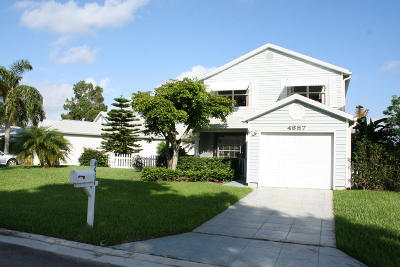West Palm Beach Single Family Home For Sale: 4687 Lakeside Circle