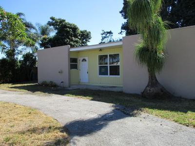 Lake Worth, Lakeworth Single Family Home For Sale: 10 Topeka Road