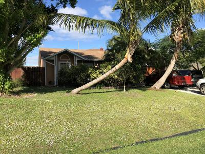 Port Saint Lucie Single Family Home Contingent: 609 SW Jacoby Avenue