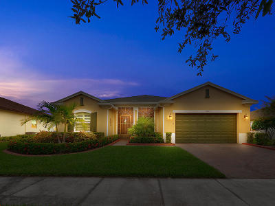 Port Saint Lucie Single Family Home For Sale: 11260 SW Vanderbilt Circle