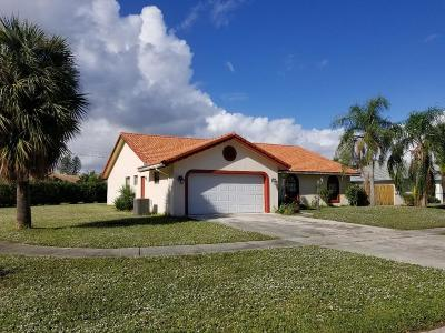 Boca Raton FL Single Family Home For Sale: $397,500