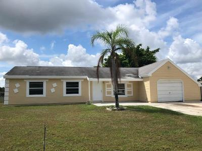 Port Saint Lucie Single Family Home For Sale: 373 SW Tulip Boulevard