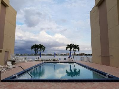 Lake Worth Condo For Sale: 1516 S Lakeside Drive #206