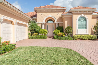 Jupiter Single Family Home For Sale: 171 Carmela Court