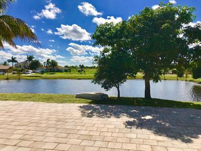 Port Saint Lucie Single Family Home For Sale: 112 SW Milburn Circle