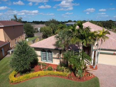 Port Saint Lucie Single Family Home For Sale: 3411 SE Bevil Avenue