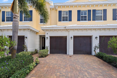 North Palm Beach Townhouse For Sale: 206 Mariner Court