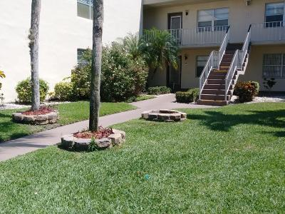 Delray Beach Condo For Sale: 585 Normandy M